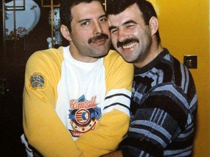 Freddie Mercury con Jim Hutton