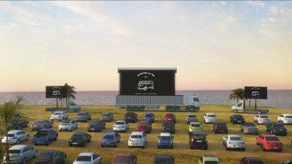 El autocine en la costa de San Isidro con capacidad para 60 vehículos. Se inauguró a fines de julio.