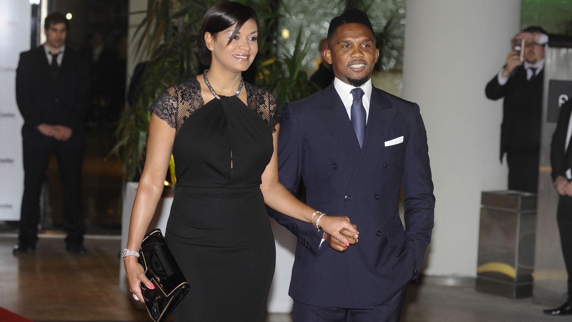 Samuel Eto'o acudió en acompañado al casamiento de Lionel Messi (Martín Villar)