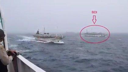 La persecución de un buque chino pescando ilegalmente, en febrero de 2018