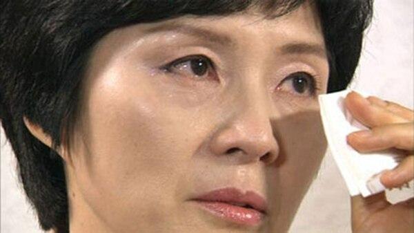 Kim Hyon-hui, arrepentida en esta foto, fue indultada por ser víctima del lavado de cerebro comunista