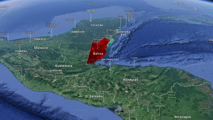 Belice limita al norte con México y al sur y oeste con Guatemala
