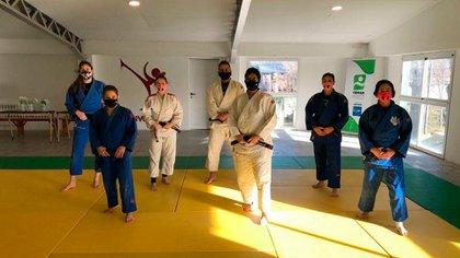 Pareto, Martinel y el resto de la selección de judo en Santa Teresita (@paupareto)