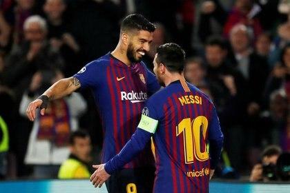Luis Suárez es íntimo amigo de Lionel Messi (Reuters)