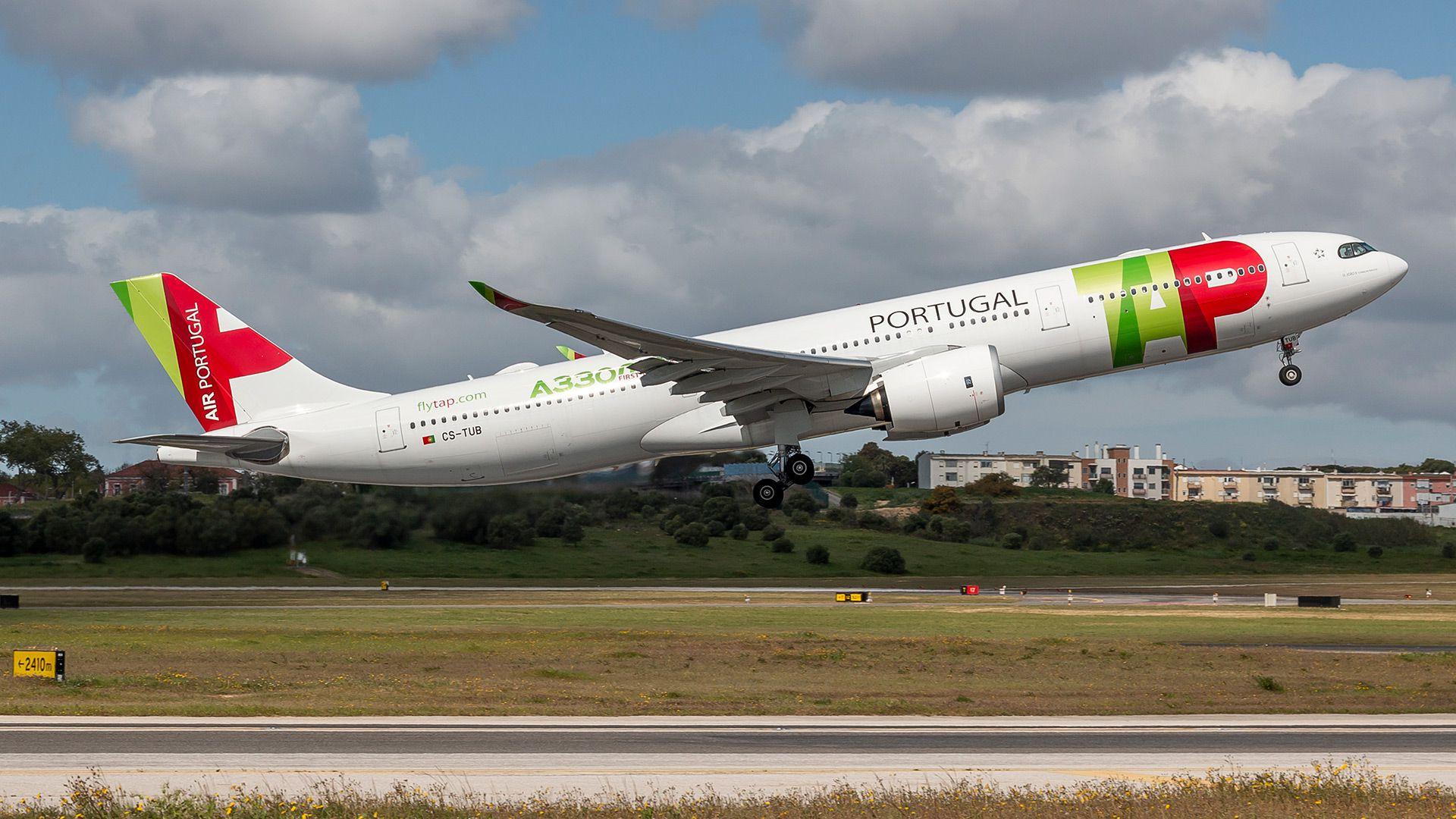 Juan Guaidó y su tío Juan José Márquez volvieron a Venezuela en un vuelo de la aerolínea portuguesa TAP