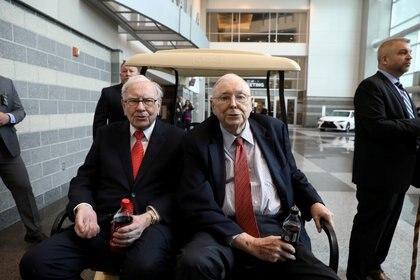 Los pilotos de Berkshire Hathaway, Warren Buffett y Charlie Munger