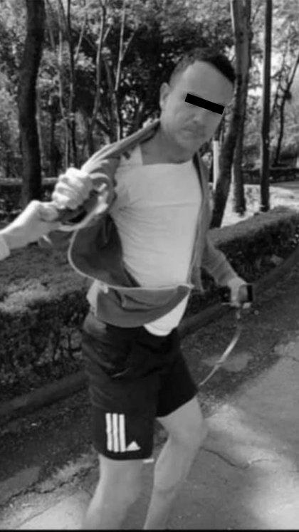 La Policía de Investigación ya busca al atacante, pues luego de sus actos violentos, huyó del lugar (Foto: Facebook@JoaquinLopezDoriga)
