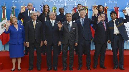 Los presidentes de los países miembros del Mercosur durante la última reunión del bloque en Mendoza (Presidencia)