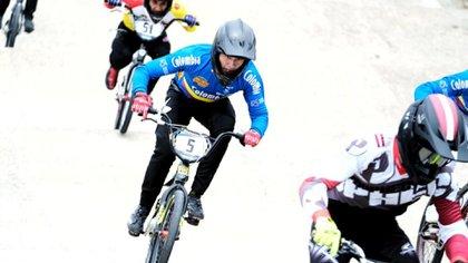 Este fin de semana la pista de Supercross del parque Recreodeportivo El Salitre recibió a los mejores competidores en la válida internacional HC y C1 puntuable para el ranking de clasificación Olímpico de la Unión Ciclística Internacional. FOTO: IDRD