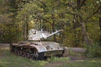 Un tanque M47 Patton, fabricado en Estados Unidos pero perteneciente al Bundeswehr, que ha quedado como monumento. En los inicios, Alemania Occidental se armó con equipo casi exclusivamente estadounidense (Shutterstock)