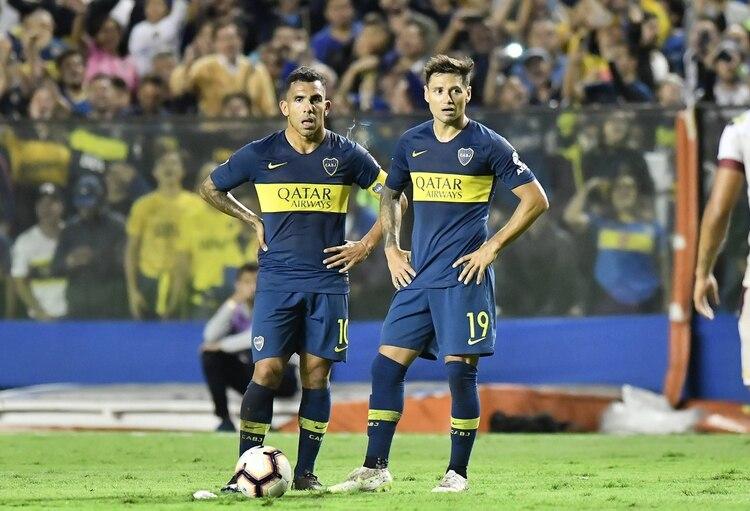 Tevez y Zárate le demostraron al entrenador que pueden compartir equipo como titulares (FotoBaires)