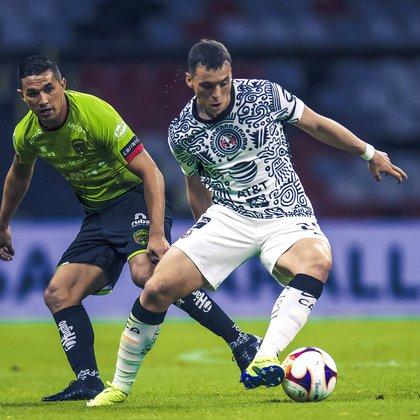 A pesar de no meter gol, Federico Viñas se mostró en buen nivel jugando de poste  (Foto: Twitter/ @clubamerica)