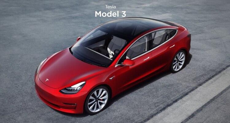 La producción de este automóvil será un 10% más grande que su predecesor el Modelo 3 con el que compartirá la misma plataforma de producción (Foto: captura de pantalla del Modelo 3 de la página de Tesla)