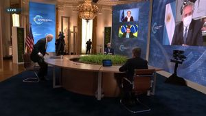 Joe Biden se fue de la cumbre climática antes de que hablara Alberto Fernández