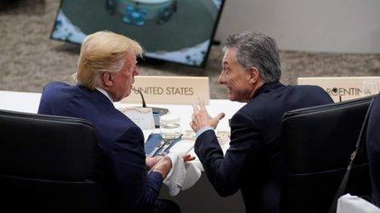 Mauricio Macri y Donald Trump durante la Cumbre del G-20 en 2018 en Buenos Aires / KEVIN LAMARQUE