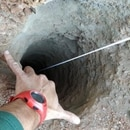 Un niño de dos años está atrapado en un pozo en España