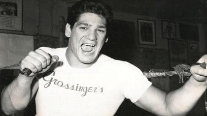 Genio y figura. Nació el 25 de septiembre de l942 en Parque Patricios. Murió el 22 de mayo de l976, acribillado a balazos por un sicario en Nevada, Estados Unidos. Tenía 33 años