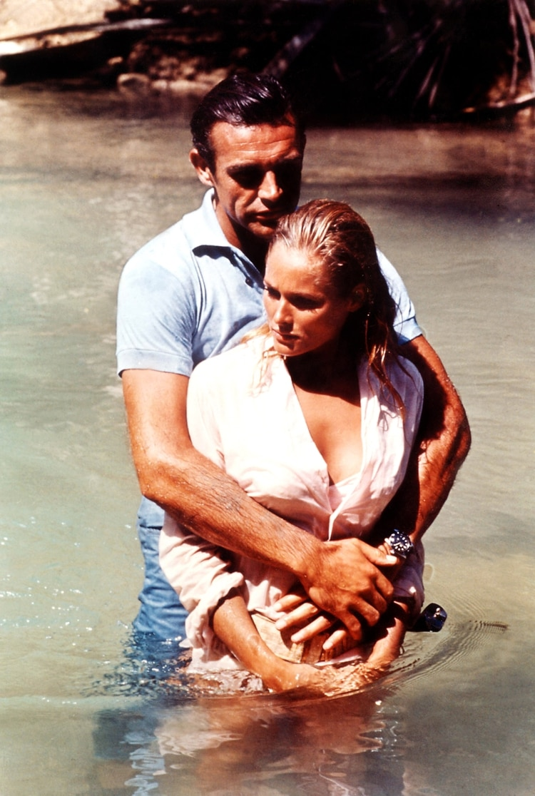 """""""Dr No"""" (James Bond), Sean Connery y Ursula Andress (Shutterstock)"""