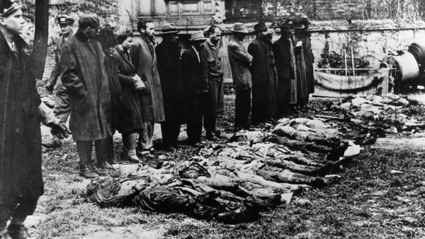 Una escena de muerte y destrucción en Auschwitz, el más grande los campos de exterminio establecidos en Polonia