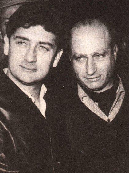 El rey Juan Carlos conoció a Juan Manuel Bordeu gracias a los hermanos Soldati. En la foto, Bordeu junto a Juan Manuel Fangio  (Archivo CORSA).