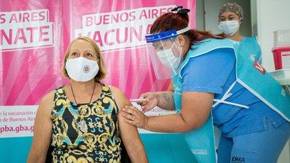 El plan de vacunación es uno de los pilares a los que apuesta el gobierno nacional