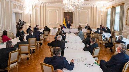 Gobierno colombiano da a conocer las seis  conclusiones principales del primer diálogo intersectorial