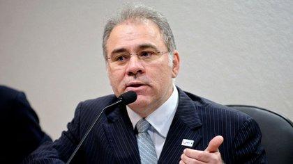 El ministro de Salud de Brasil admite que Bolsonaro busca sustituirle