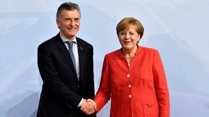 Mauricio Macri junto a Angela Merkel durante la última cumbre del G20 (Reuters)