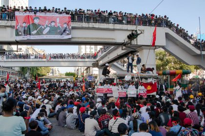 Protests against the Burmese military junta in Rangoon.  SANTOSH MMR / ZUMA PRESS / CONTACTOPHOTO