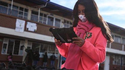 Con nuevos proyectos en torno a la tecnología, el Ministerio TIC motiva a las niñas y jóvenes del país a cerrar la brecha de género
