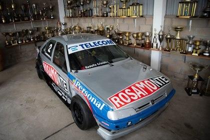 Peugeot 405, con el cual salió campeón de TC 2000 en 1995. Con este auto ganó su último título en esa categoría. (Fede Asenjo)