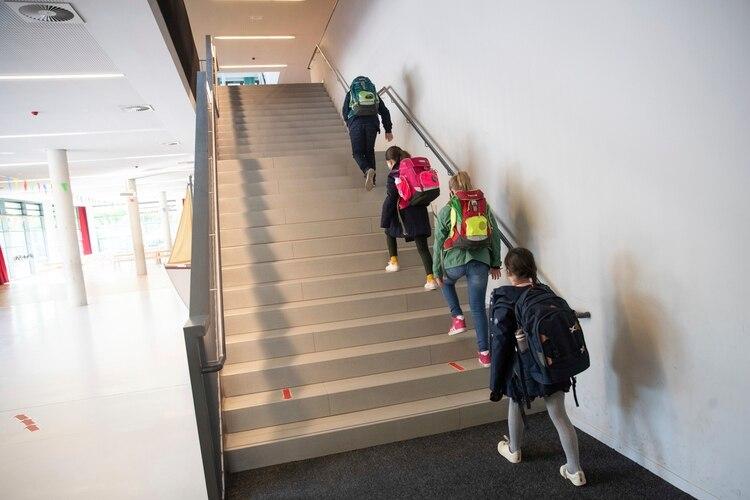 La vuelta a clases en una escuela de Hamburgo, Alemania (Christian Charisius/AP)