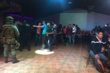La agresión al Negros Bar dejó cuatro muertos (Foto: Twitter)