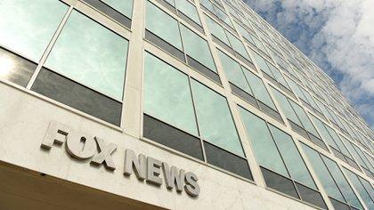 Cuatro empleados de Fox News Media dan positivo por coronavirus (Shutterstock)