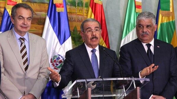 Jose Luis Rodriguez Zapatero, Danilo Medina y Miguel Vargas (Reuters)