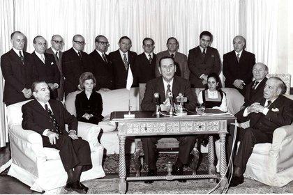 El 21 de junio de 1973, tras su accidentado retorno al país, Juan Perón se dirige a la ciudadanía porcadena nacional