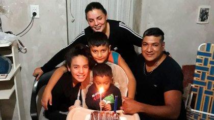 Priscila es la hija mayor de Claudio y Carla. En el momento del accidente, estaba cuidando de sus hermanos Lisandro y Mirko