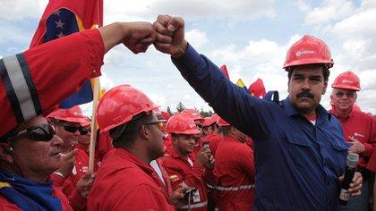 La petrolera venezolana PDVSA es el principal botín de corrupción del régimen de Nicolás Maduro