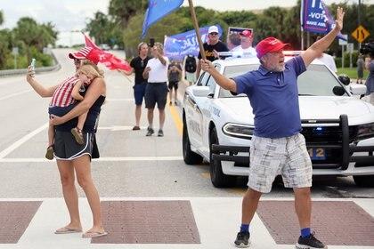 Partidarios republicanos en Florida antes de una visita de Donald Trump al estado. Foto: REUTERS/Jonathan Ernst