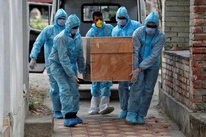 El Gobierno les otorgará un subsidio de $ 15.000 a las familias de los fallecidos por coronavirus