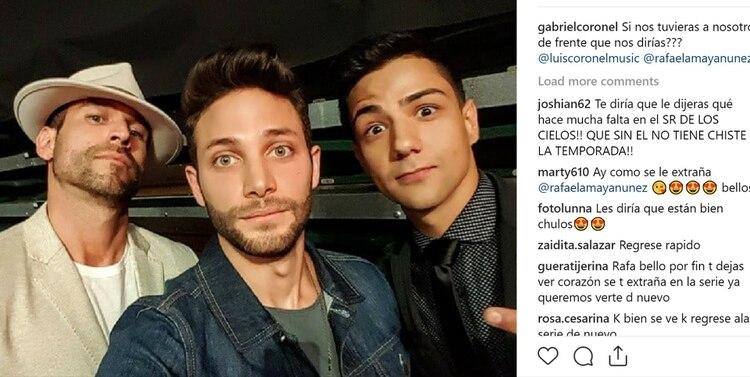 Rafael Amaya, junto a Gabriel y Luis Coronel el pasado diciembre (Instagram / gabrielcoronel)