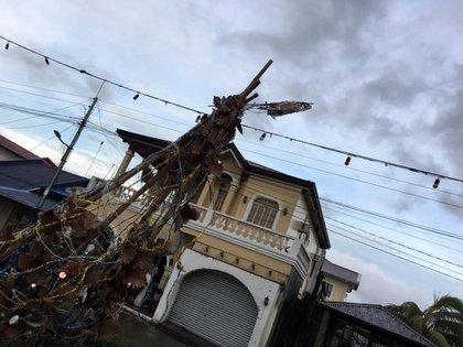 Escenas de destrucción en Filipinas (Paul Cinco/via REUTERS)
