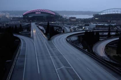 Un auto en Seattle.  REUTERS/David Ryder