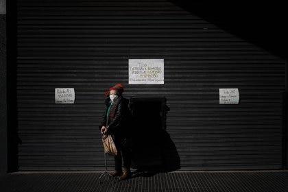 """""""La angustia es un estado de malestar intenso causado por la percepción de una situación que puede ser desagradable o por la amenaza de una tragedia o un peligro. La cuarentena y la pandemia aumentan las posibilidades de sentir angustia. Muchas personas sufren porque lo asocian a un escenario de mayor incertidumbre económica y de salud, pérdida de la libertad y una menor interacción social"""", explicó el médico especialista en psiquiatría Pablo Hirschl (Franco Fafasuli)"""