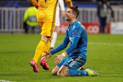 Cristiano Ronaldo buscará ser el héroe de la Juventues ante el Olympique Lyon (REUTERS)
