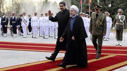 Los regímenes de Venezuela e Irán respaldaron a la OMS