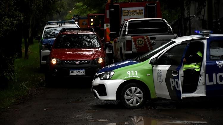 La camioneta Fiat Adventure color rojo can la que Velaztiqui Duarte llevó a Jaitt hastael salón de eventos (foto: Nicolas Stulberg)