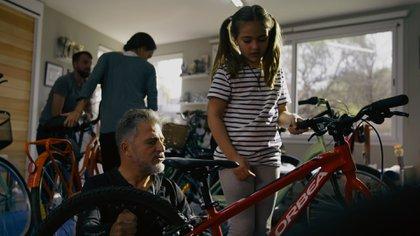La Fundación Jean Maggi ayuda desde el deporte a cientos de chicos con distintos tipos de discapacidad motriz y el sueño del cordobés es poder ayudar a miles en todo el mundo (Foto: gentileza Jean Maggi)