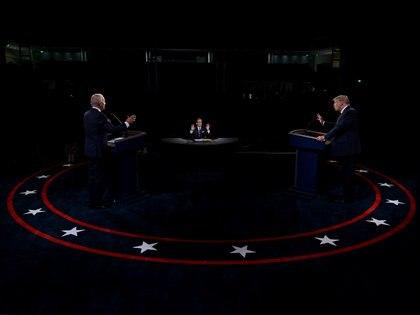 Donald Trump y Joe Biden en el debate presidencial (Reuters)