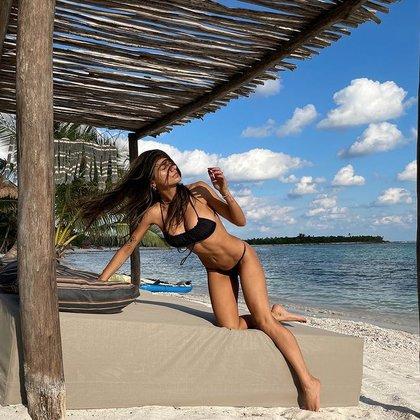 Hace unos meses se dio una escapada a las bellas playas de Tulum, México para descansar tras una sesión de fotos Foto: (Instagram Mia Khalifa)
